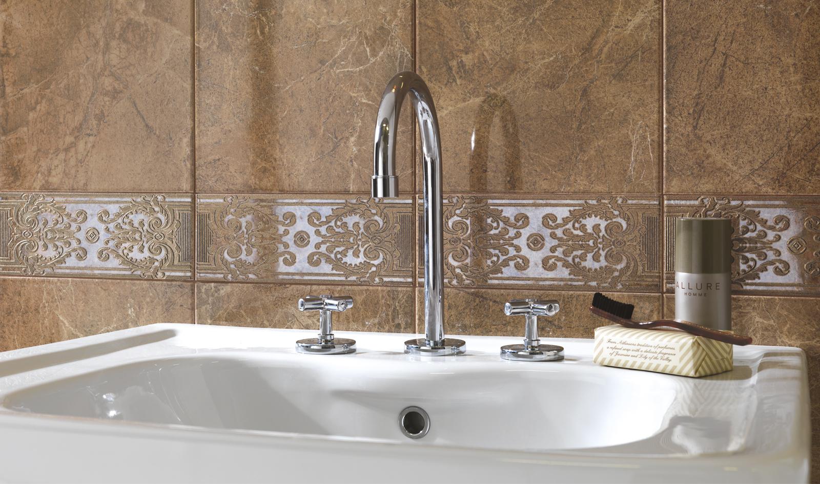 carreaux imitation marbre brillante avec des estompages ragno. Black Bedroom Furniture Sets. Home Design Ideas